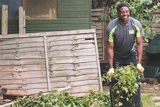 garden-waste-clearance-service